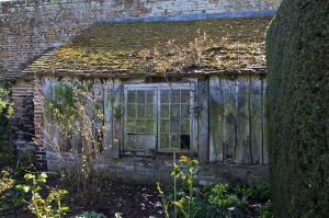 disused-potting-shed-727173_640
