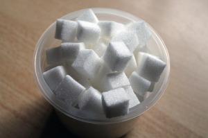 sugar-cube-258116_640 (2)